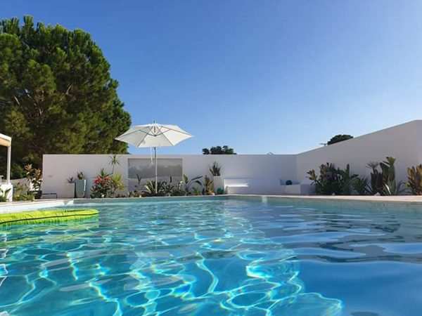 piscina Construcciones y Reformas Sola