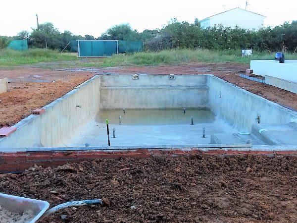 Gunitado de piscina_Construcciones y Reformas Sola